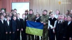 Українські добровольці започаткували «Уроки патріотизму» в школах Дніпропетровщини
