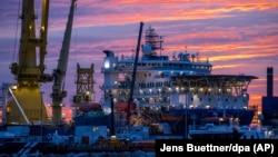 """""""აკადემიკოსი ჩერსკი"""", გაზსადენის მშენებლობაში მონაწილე ერთ-ერთი რუსული გემი"""