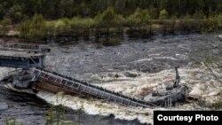 Обрушение моста в Мурманской области
