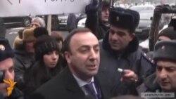 Հրայր Թովմասյան. «ամոթը քեզ»