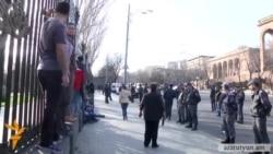 Ազգային ժողովի մոտից ակտիվիստներ են բերման ենթարկվել