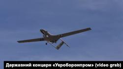Беспилотник Bayraktar TB2 во время полетных испытаний