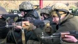 Украинские военные учатся у инструкторов из США