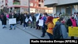"""Архивска фотографија од протестот поради """"Јавна соба"""" пред Министерството за внатрешни работи"""