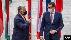 Viktor Orban și Mateusz Morawiecki