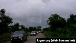 Машины движутся в объезд Керчи из-за затопления города