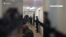 Українських моряків у суді зустрічали оплесками (відео)
