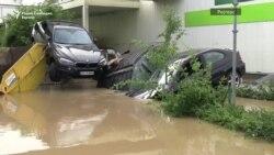 Неколкумина загинати и десетици исчезнати во поплавите во Германија