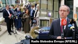 Vučić i Hoti sa novinarima, nakon trilaterale u Briselu, 7. septembra 2020