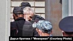 Історик Юрій Дмитрієв перед оголошенням вироку у Карелії