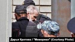 Історик Юрій Дмитрієв перед оголошенням вироку, Петрозаводськ, Карелія, Росія, 22 липня 2020 року