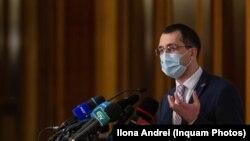 Vlad Voiculescu, la prima ieșire publică după ce a fost demis din funcția de ministru al Sănătății.