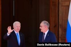 Sosirea lui Joe Biden la Geneva. Cu el, Președintele Elveției, Guy Parmelin.