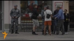 ОккупайАрбат: что питает московский протест