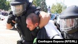 """Арестът на съпредседателя на """"Зелено движение"""" Борислав Сандов"""