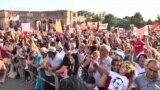 Marșul miilor de suporteri ai lui Pașinian