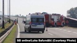 Vozila hitnih službi na mestu nesreće kod Slavonskog Broda u Hrvatskoj, 25. jul 2021.