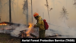 """Лесные пожары в национальном парке Якутии """"Ленские столбы"""", июль 2021 года"""