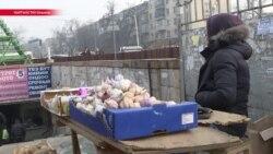 Прячутся и врут о возрасте: четверть детей в Кыргызстане работают, чтобы помогать семьям