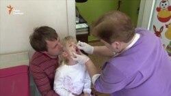Грип та антивакцинальні настрої спричинили невисокий рівень щеплень від поліомієліту (відео)