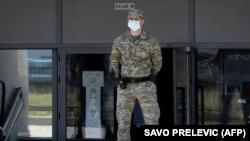 Një ushtar i Mali të Zi. Foto nga arkivi.