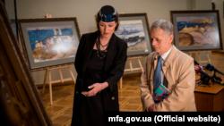 Выставка, посвященная годовщине геноцида крымскотатарского народа, в здании МИД Украины, 18 мая 2021 года