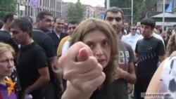 «Կոկորդդ կքերեմ»,- Ալեքսանյանի աջակիցները սպառնում են մեր լրագրողին
