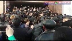 Gəncədə işsizlər izdihamı