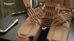 Ukrainian Inventor Builds Wooden 'Robots'