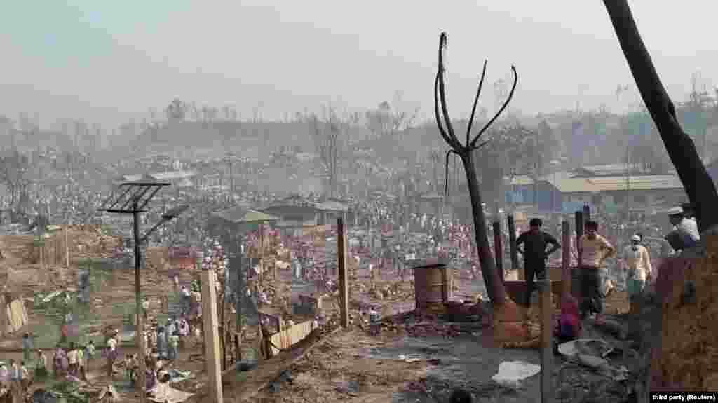 """Bangladesbe űzték """"vissza"""" a rohingyákat, de itt is tovább üldözi őket a sors."""