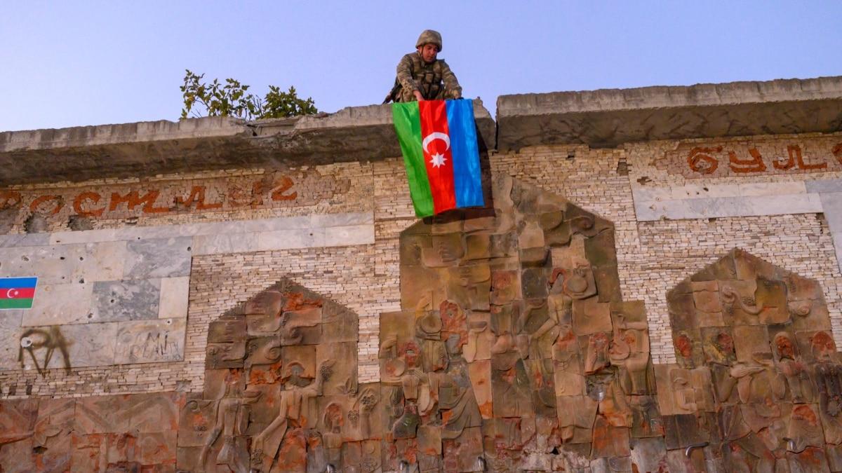 BBC и Bellingcat считают настоящим запись убийства пленных в зоне карабахского конфликта