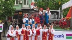 У Донецьку відсвяткували річницю так званого «референдуму»