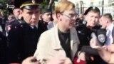 Полиция Русия шәһәрләрендәге митингларда меңнән артык кешене тоткарлады
