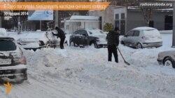 В Одесі ліквідують наслідки снігового колапсу