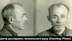 Фото Остапа Вишні з його справи (надано Центром досліджень визвольного руху)