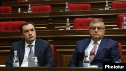 Armenia -- Gagik Jahangirian (R) attends a session of the Armenian parliament, January 22, 2021.