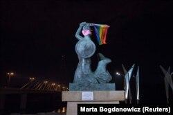 Sirena Varșoviei, simbol al capitalei poloneze - 29 iulie 2020.