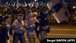 Мінськ, вечір 9 серпня 2020 року: перші протести, перші затримання