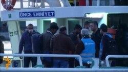 Почна враќањето на мигрантите од Грција