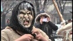Maskalılar pis ruhları qorxudurlar...