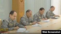 Türkmenistanyň Döwlet howpsuzlyk geňeşiniň agzalary mejlis wagtynda. Türkmen TW-sinden alnan surat. 20-nji noýabr, 2020.