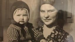 Эмма Кёниг с сыном Эдуардом. Казахстан, начало 1980 гг.