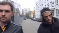 У Москві у справі акції біля Кремля поліція допитала художника Петра Павленського