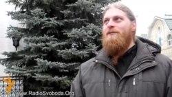 Янукович не ховається в монастирі на Донеччині – священики