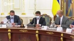 «Войны бывают разные». Как Зеленский борется с пророссийскими силами в Украине