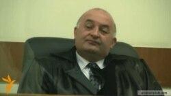 Տուժող կողմն ու մեղադրյալները չեն վստահում դատավորին