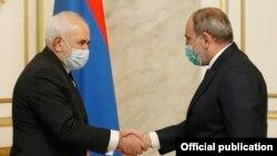Armenia -- Armenian Prime Minister Nikol Pashinian meets with Iranian Foreign Minister Mohammad Javad Zarif, Yerevan, January 27, 2021.