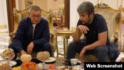 27 февраля Арман Джумагельдиев (Дикий Арман) опубликовал в Instagram'е фотографию с Гафуром Рахимовым, сделанную в доме Рахимова в Дубае.
