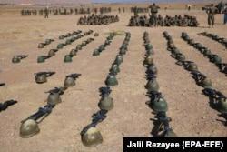 سربازان ارتش افغانستان در جلسه آموزشی در هرات، ۱۴ سپتامبر ۲۰۲۰