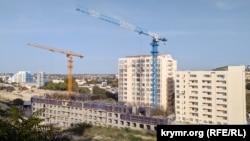 Будівництво житлової багатоповерхівки в рамках «культурного кластера» на мисі Хрустальний
